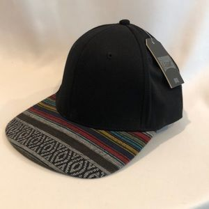ddc498b5e3f NWT Beautiful Giant Trucker Hat